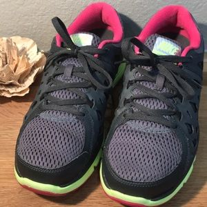 Nike Dual Fusion Run 2 Running Shoes